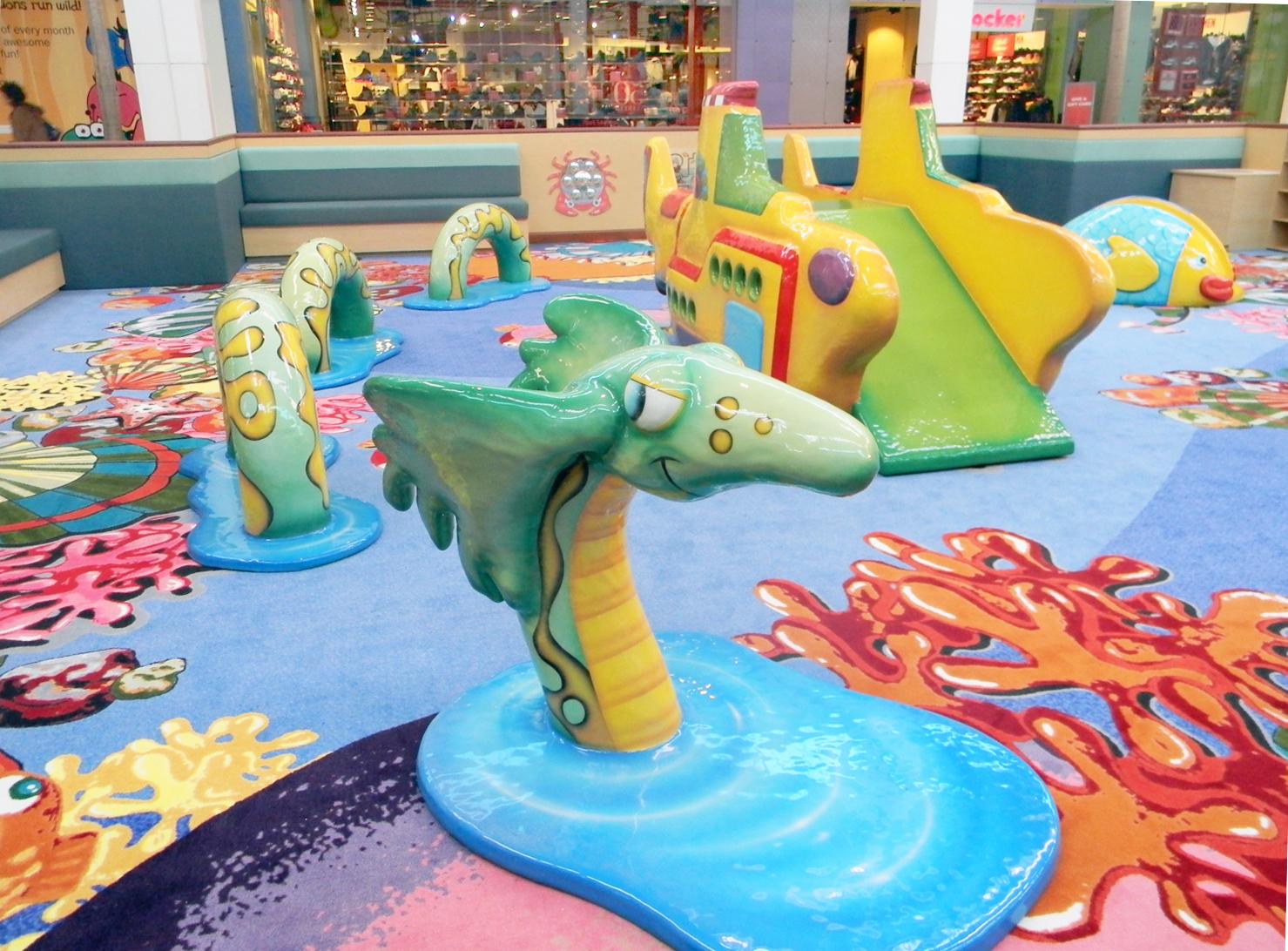 Playmouth Meting Mall Serpent Closeup
